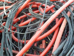 Прием кабеля выгодно в Томске.